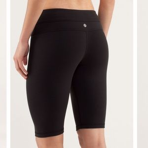 Lululemon Reverse Groove Biker Shorts Size 12